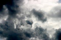 Cielo tempestoso drammatico Fotografia Stock Libera da Diritti