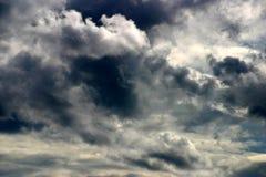 Cielo tempestoso drammatico Fotografia Stock