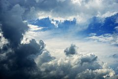 Cielo tempestuoso nublado Fotografía de archivo