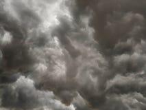 Cielo tempestuoso oscuro Imagen de archivo libre de regalías