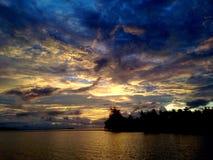 Cielo tropical de la tarde Fotos de archivo libres de regalías