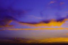 Cielo variopinto al tramonto Fotografie Stock Libere da Diritti