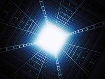 Cielo visto dall'interno di una costruzione di appartamento Immagine Stock