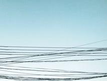 Cielo y alambres Imagen de archivo