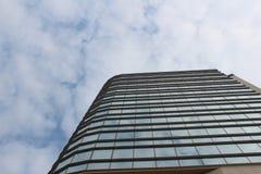 Cielo y edificio Foto de archivo