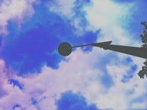 Cielo y lámpara de la sombra Fotografía de archivo libre de regalías