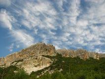 Cielo y montañas Imagen de archivo libre de regalías