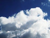 Cielo y nubes imágenes de archivo libres de regalías