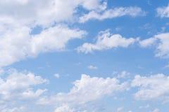 Cielo y nubes Foto de archivo libre de regalías