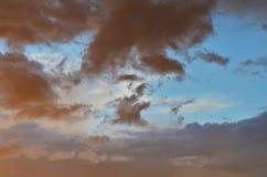 Cielo y nubes para el fondo Imagen de archivo