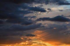 Cielo y nubes para el fondo Imagen de archivo libre de regalías