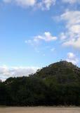 Cielo y paisaje de las rocas, paisaje mediterráneo de la naturaleza, parque nacional de Carmel Foto de archivo libre de regalías