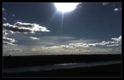Cielos azules Foto de archivo