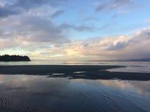 Cielos con playas coloridos Imagen de archivo