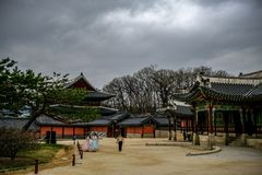 Cielos cubiertos sobre Seul imagen de archivo