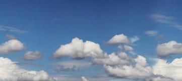 Cielos nublados Imagen de archivo