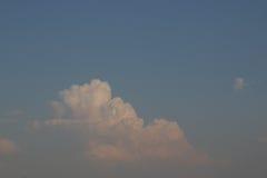 Cielos nublados durante el día Fotografía de archivo