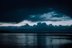 Cielos oscuros en Puget Sound Fotografía de archivo