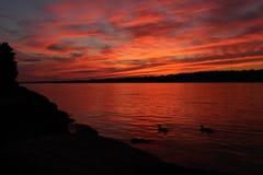 Cielos rojos en la noche Fotos de archivo libres de regalías