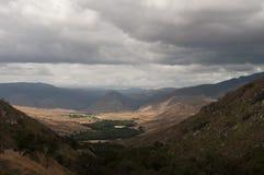Cielos tempestuosos sobre el valle de Pamo Imagen de archivo libre de regalías