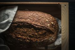 Ciemnego chleba świeży piec Obrazy Royalty Free