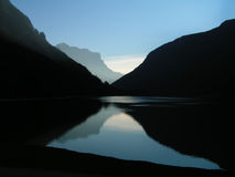 ciemny jeziora Obraz Stock