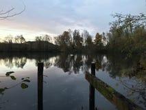 Ciemny jezioro w starej kuszetce i wieczór Obraz Stock