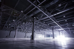 ciemny storehouse Zdjęcia Royalty Free