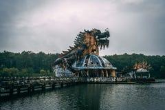 Ciemny turystyki przyciąganie Thuy Tien Ho porzucał waterpark, blisko do odcienia miasta, Środkowy Wietnam, Azja Południowo-Wscho fotografia royalty free