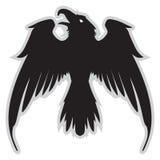 Ciemny Zły heraldyczny kruk z rozciągniętymi skrzydłami ilustracja wektor