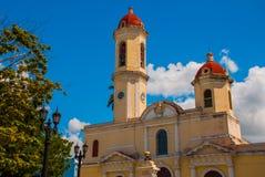 CIENFUEGOS, CUBA : Cathédrale de conception impeccable, place de Jose Marti La cathédrale dans le style néoclassique au centre du image stock