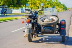 CIENFUEGOS, CUBA - 12 DE SEPTIEMBRE DE 2015: motocicleta Fotografía de archivo