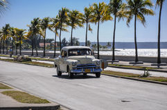 CIENFUEGOS, CUBA - JANUARY 30, 2013: Old classic American car dr Royalty Free Stock Photos