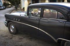 CIENFUEGOS KUBA - Januari 03, 2018: Klassisk amerikan ca för tappning Royaltyfri Bild