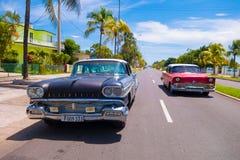 CIENFUEGOS KUBA - SEPTEMBER 12, 2015: Klassiker Royaltyfri Bild