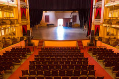 CIENFUEGOS KUBA - SEPTEMBER 12, 2015: Teater Arkivfoton