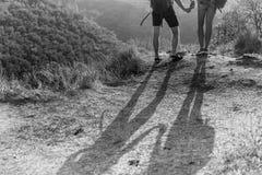 Cienie mężczyzna na wzgórzu Zdjęcie Stock