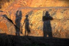 Cienie malujący na skałach Zdjęcia Royalty Free