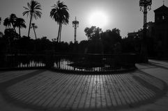 Cienie ogrodzenie w parku w Sevilla Obraz Royalty Free