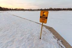 cienki niebezpieczeństwo lód Obrazy Stock