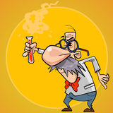 Cientista engraçado do homem dos desenhos animados com um tubo de ensaio em sua mão Fotografia de Stock Royalty Free