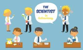 Cientistas dos desenhos animados ajustados no laboratório Fotos de Stock Royalty Free