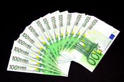Cientos billetes de banco del euro Fotografía de archivo