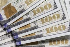 Cientos 100 billetes de dólar Imágenes de archivo libres de regalías