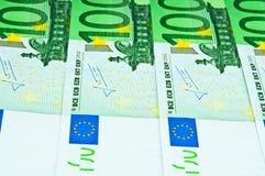 Cientos cuentas euro Fotos de archivo libres de regalías