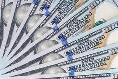 Cientos dólares de billetes de banco Imágenes de archivo libres de regalías