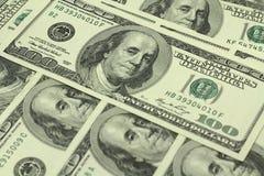 Cientos fondos de las cuentas de dólar Foto de archivo libre de regalías