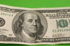 Cientos notas del dólar fotografía de archivo libre de regalías