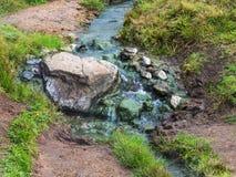 ciepły strumyk w Hveragerdi Gorącej wiosny Rzecznym śladzie Fotografia Stock