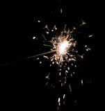 Cierge magique de feu d'artifice sur le noir Photos libres de droits